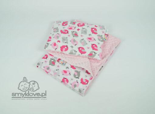 Zestaw kocyk minky i poduszka jasny róż z ptaszkami