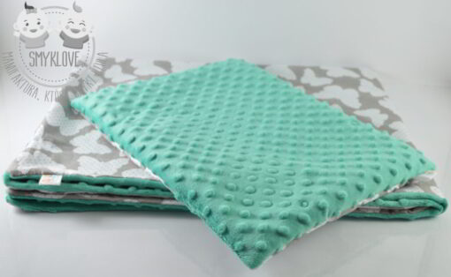 Zestaw poduszka i kocyk z minky dla niemowlaka