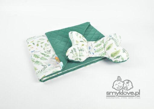 Kocyk premium paprocie na białym z velvetem butelkowa zieleń i poduszką motylkiem - SMYKLOVE