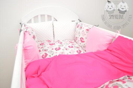 Modułowy ochraniacz do łóżeczka dla dziewczynki od Smyklove