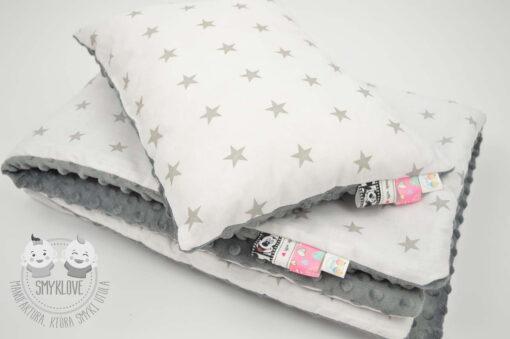 Komplet - poduszka i kocyk z szarego minky i tkaniny w gwiazdki