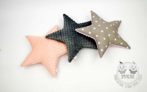 Trzy różne poduszki gwiazdki