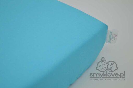 Niebieskie prześcieradło do łóżeczka 120x60
