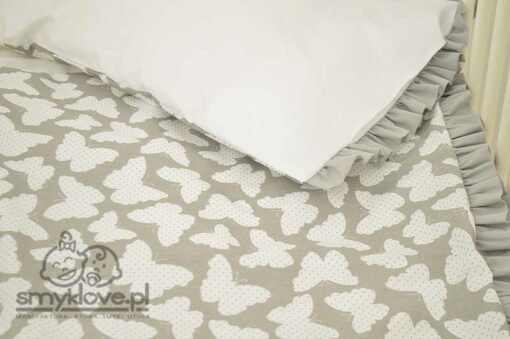 Druga strona poduszki w pościeli w motylki od Smyklove