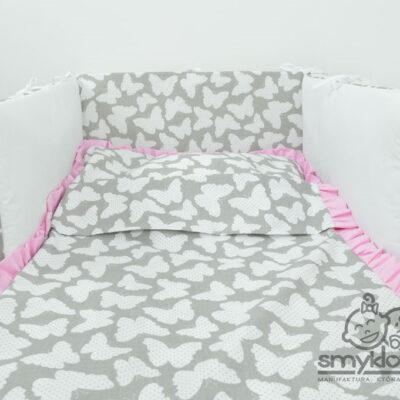 Pościel do łóżeczka w motylki z różową falbanką - Smyklove