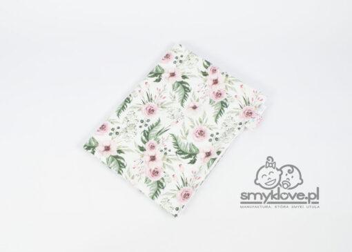 SMYKLOVE - biały kocyk minky w kwiaty