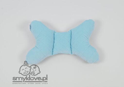 Błękitny, pikowany velvet w poduszce motylku od Smyklove