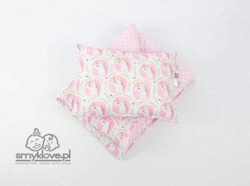 Kocyk minky w jednorożce z poduszką z wypełnieniem dla przedszkolaka - Smyklove