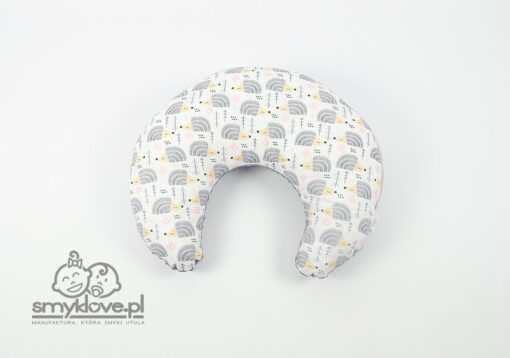 SMYKLOVE - poduszka do karmienia minky