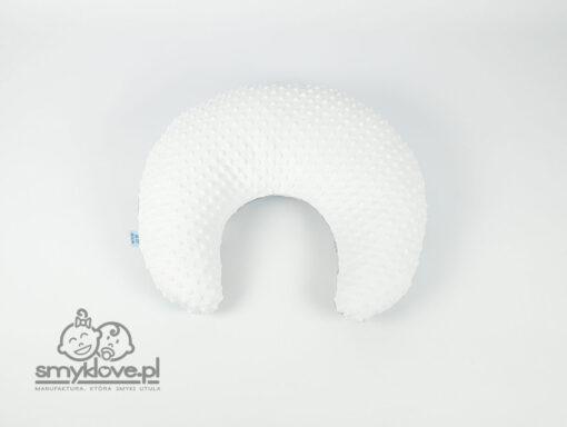 SMYKLOVE - białe minky w poduszce do karmienia w miśki