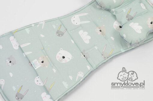 Zbliżenie na tkaninę Easygo Domino wkładka do spacerówki handmade