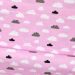 Bawełna białe i czarne chmurki na różowym