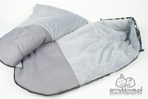 Środek śpiworka niemowlęcego w misie z nieprzemakalnym podnóżkiem od Smyklove