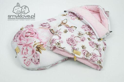 Śpiworek różowy sarenki w peoniach od Smyklove