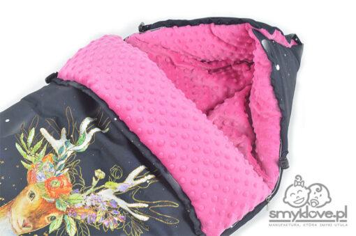 Jakość wykończenia śpiworka do wózka z kolorowym jelonkiem - SMYKLOVE